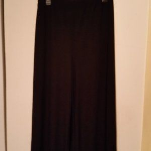 NWOT Coco Bianco 3x black with Asymmetric Hem